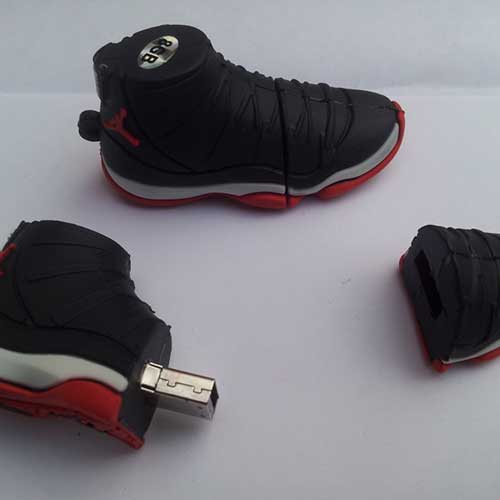 8gb shoe flash drive
